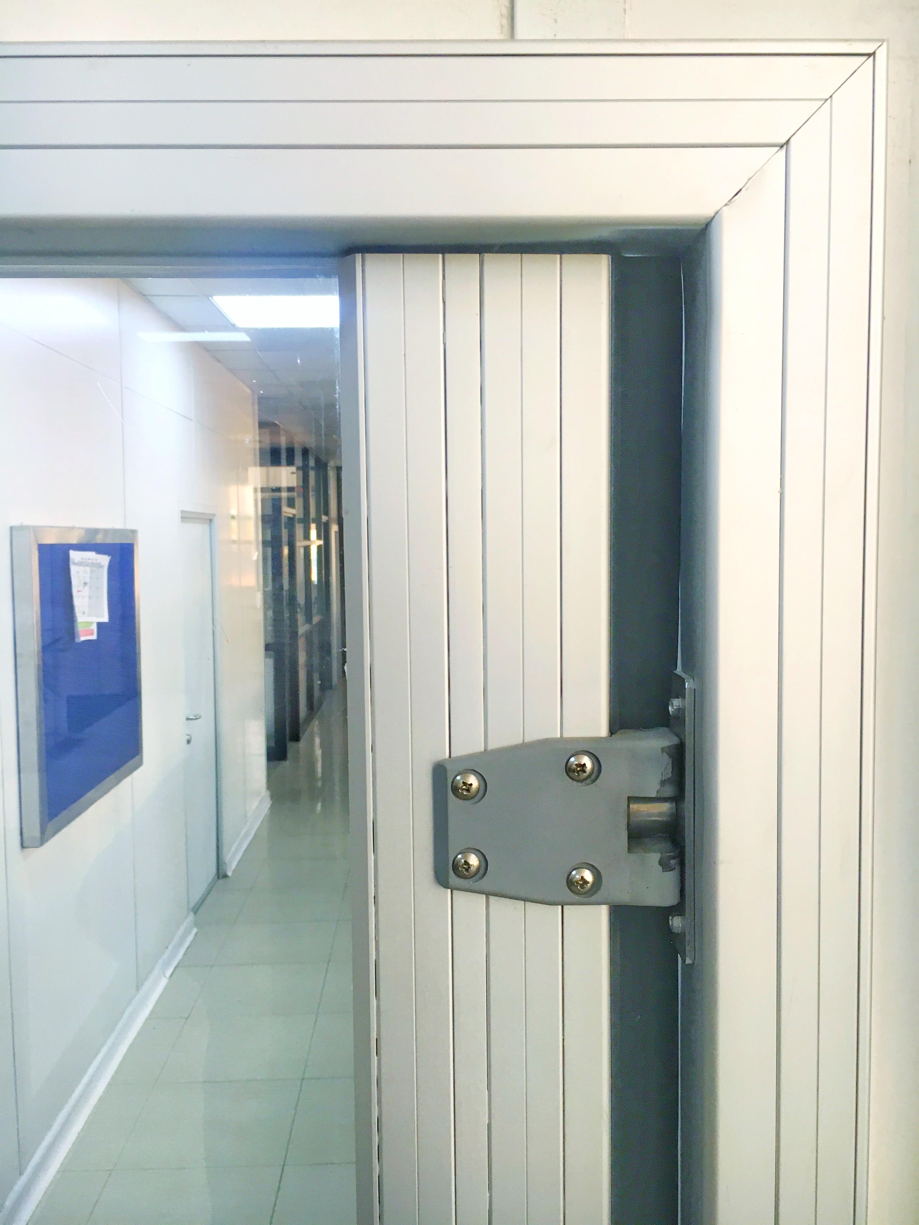 Puertas de policarbonato1