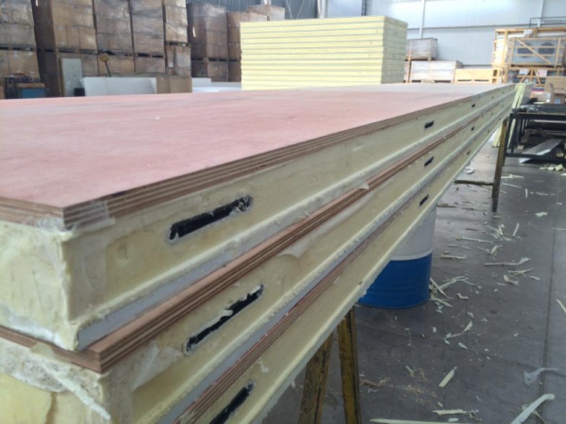 paneles de poliuretano6